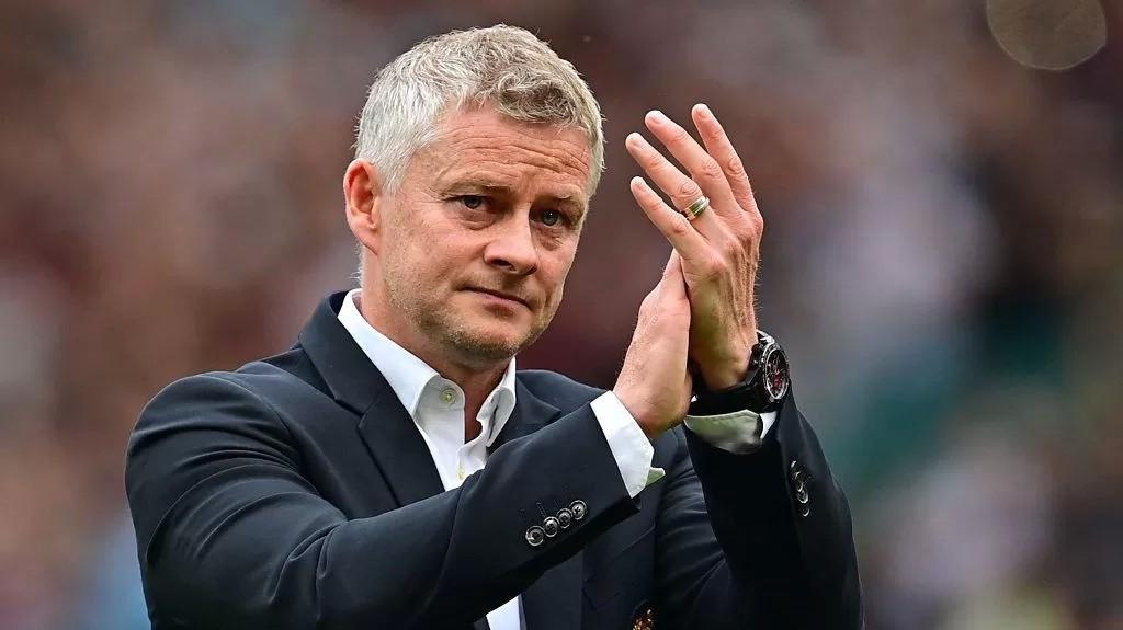 Man Utd 0-1 Aston Villa: Ole Gunnar Solskjaer frustrated by 'clear offside' for Villa winner