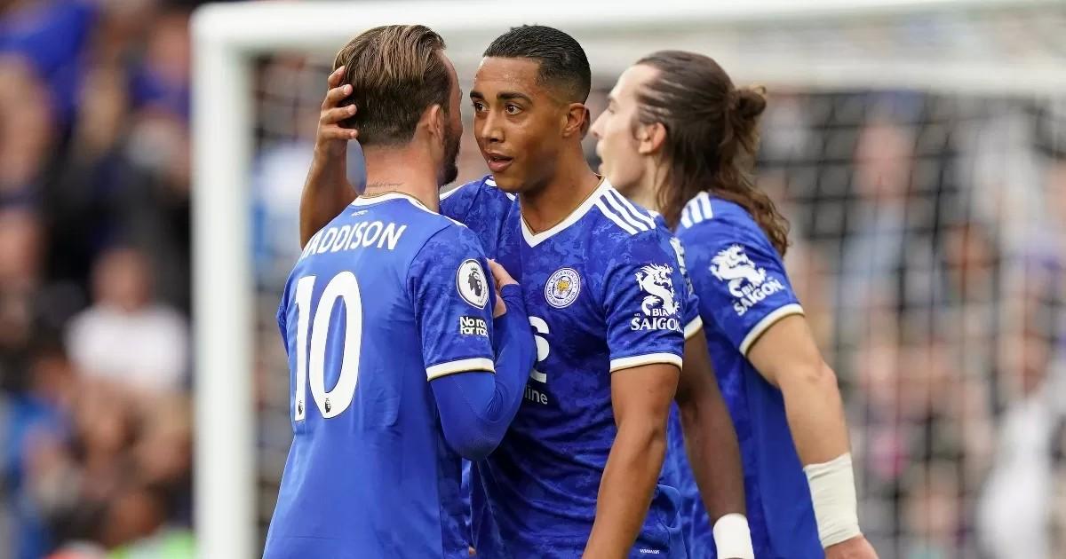 Dawson: Leicester must 'break the bank' to keep Man Utd target