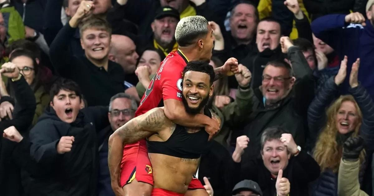 Everton 2-5 Watford: King haunts old side in remarkable comeback