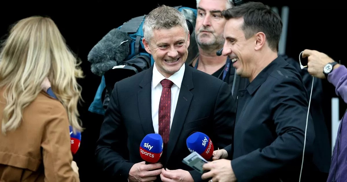 'Respect' to Neville for his Solskjaer stance. Plus, Vieira, Mike Dean and…