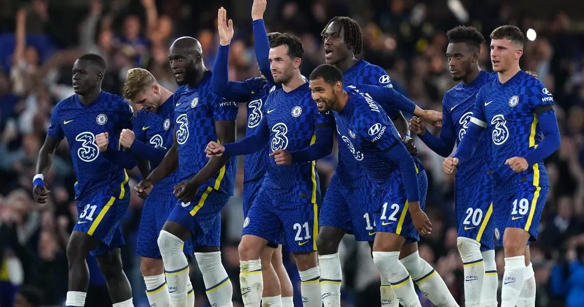 Chelsea 1-1 Aston Villa (4-3 on pens): Kepa the shootout hero again