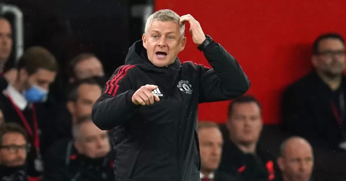 Defiant Solskjaer will not 'give up' after his 'darkest day' as Man Utd boss